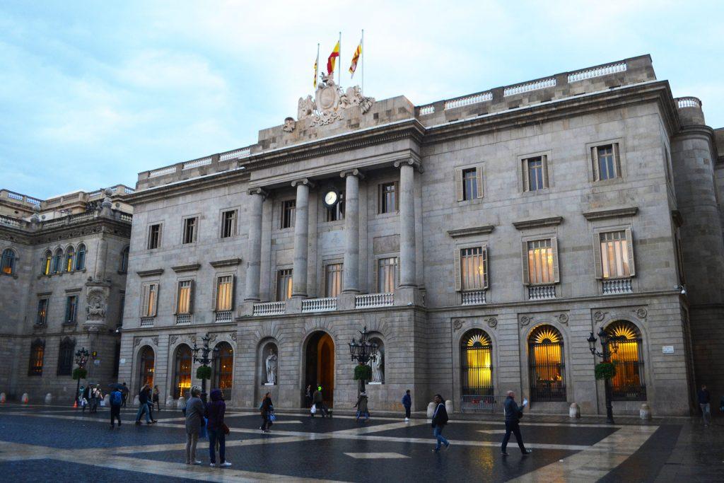 exploration of barcelona city